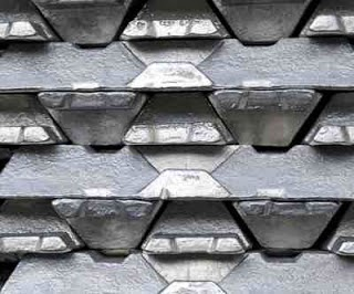 Zinc Prices Rises to 35-Month High as Inventories Shrink.
