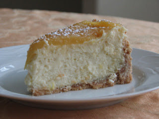 In The Kitchen With Mom Mondays: Lemon bar cheesecake