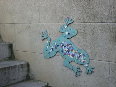 création decor mosaique sur commande client particulier grenouille severine peugniez atelier mimi vermicelle