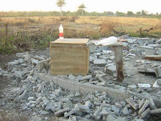 Siguen los desalojos en Cuba socialista: Viviendas reducidas a escombros en Bayamo  Desalojo+en+Bayamo+DSCN5289
