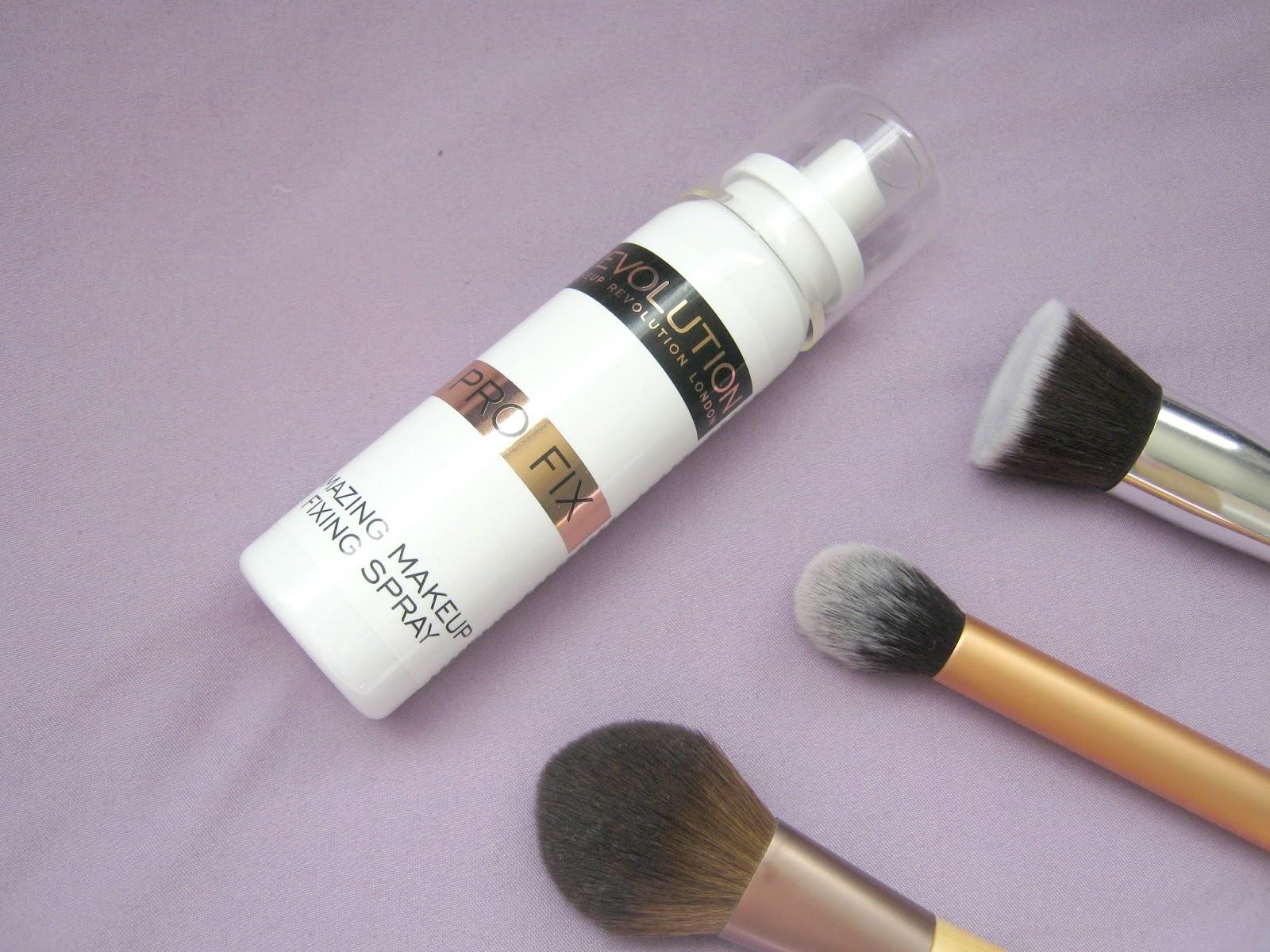 Makeup Revolution Amazing Makeup Fixing Spray : Review : Shona Louise