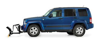 The Home Plow et Jeep Liberty 4x4 Side View