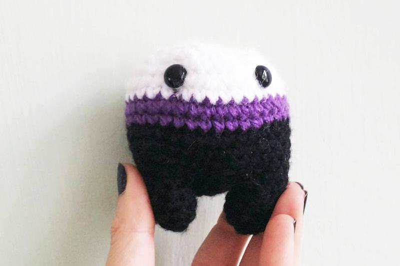 Amigurumi Crochet Animal Patterns Free : Amigurumi Vampire video tutorial The Sun and the Turtle