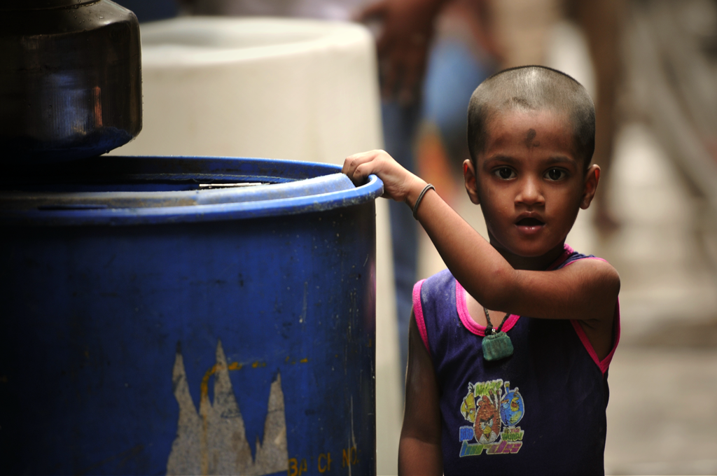 This is an India photo of a girl in Dharavi.