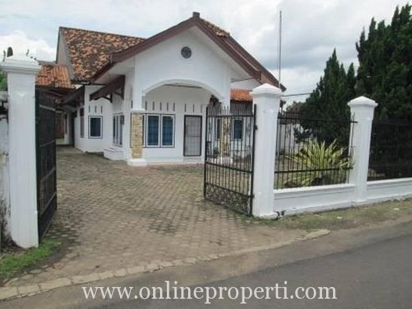 Dijual Rumah Strategis di Lorong Seroja, Telanai, Jambi AG259