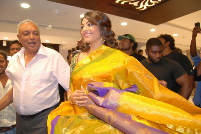 kajal agarwal launches chennai shopping mall latest photos