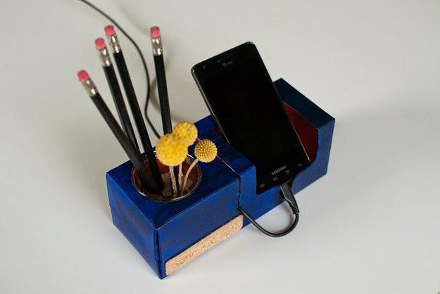 поделки держатель ручки телефон отдохнуть от молока повторного коробка сока ที่วางปากกา ทำจากกล่องใช้แล้ว กล่องนม งานประดิษฐ์ ฝีมือ