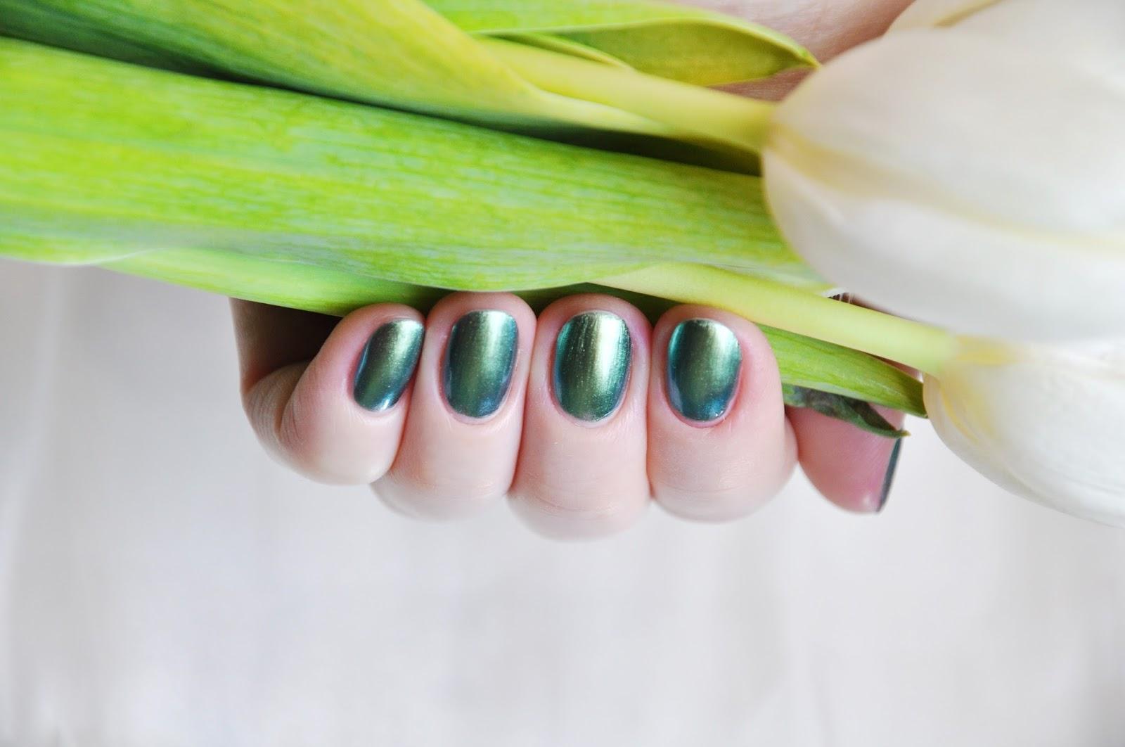 зеленый лак дуохром