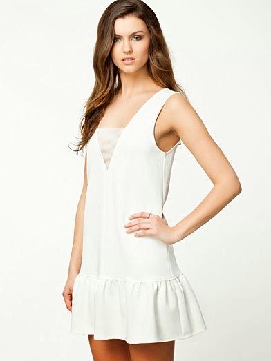 Vita klänningar till studenten 2014