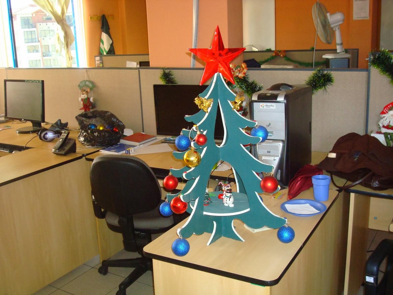 Megaoffice viste de navidad tu oficina - Decoracion de navidad para oficina ...