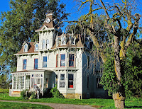 creepy monster haunted house scary fright night frightening spooky ghost