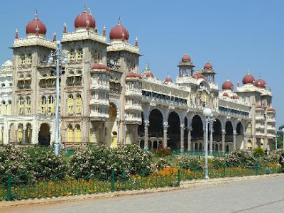 facade of palace