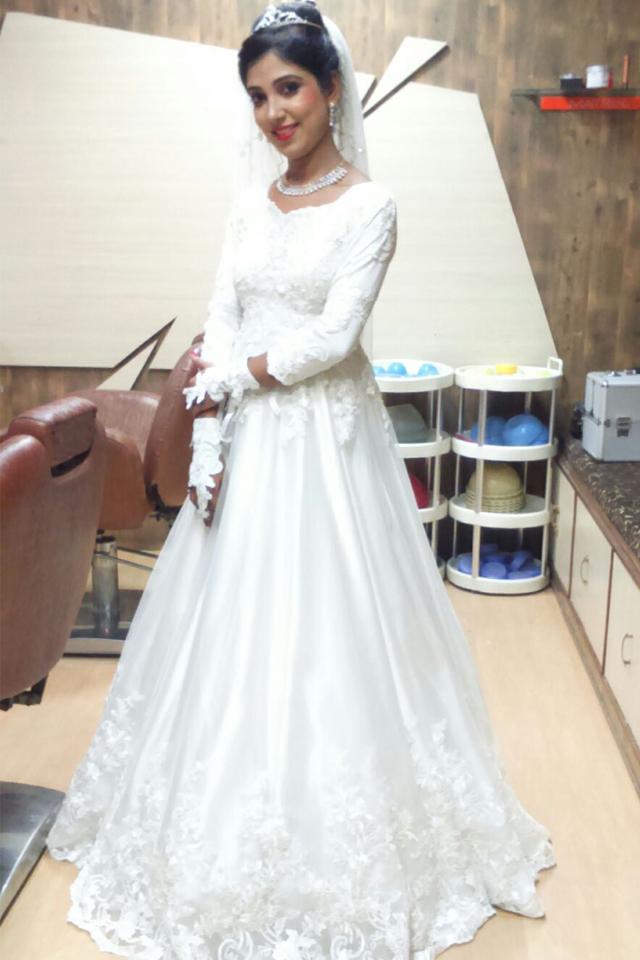 wedding gown in delhi