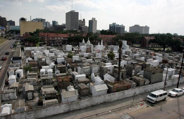 Pemakaman St. Louis No 1, New Orleans, Amerika Serikat