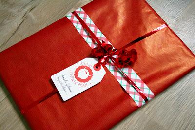 Joli paquet cadeau rouge
