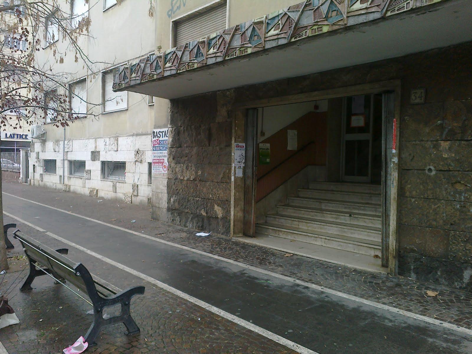 Roma fa schifo quale il corretto arredo urbano fuori da for Arredo urbano roma