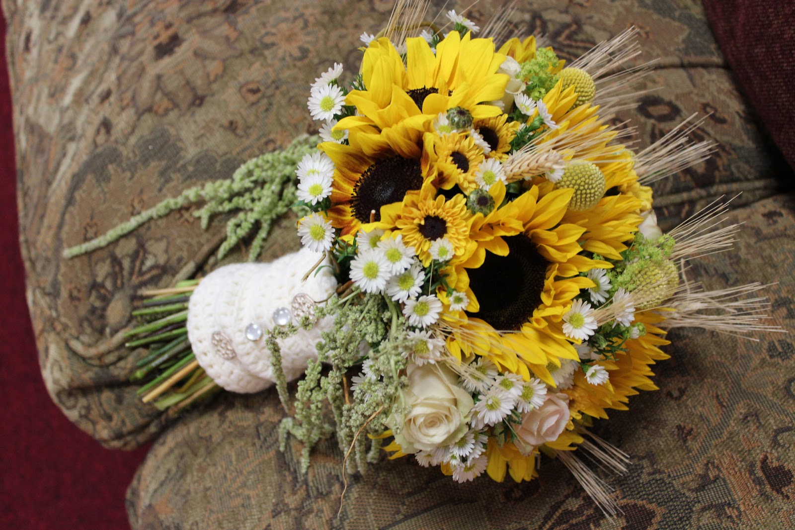 Matrimonio Country Chic Girasoli : Savannah s garden kristin fall sunflower wedding at