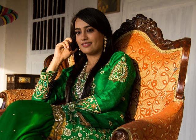 surbhi jyoti HD Wallpaper