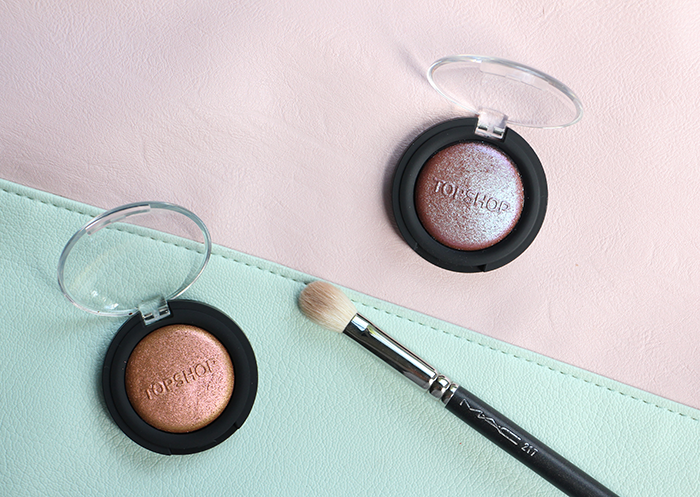 TOPSHOP CHAMELEON GLOW DUO-CHROME EYESHADOW / HIGHLIGHT AND MAC 217 BLENDING BRUSH