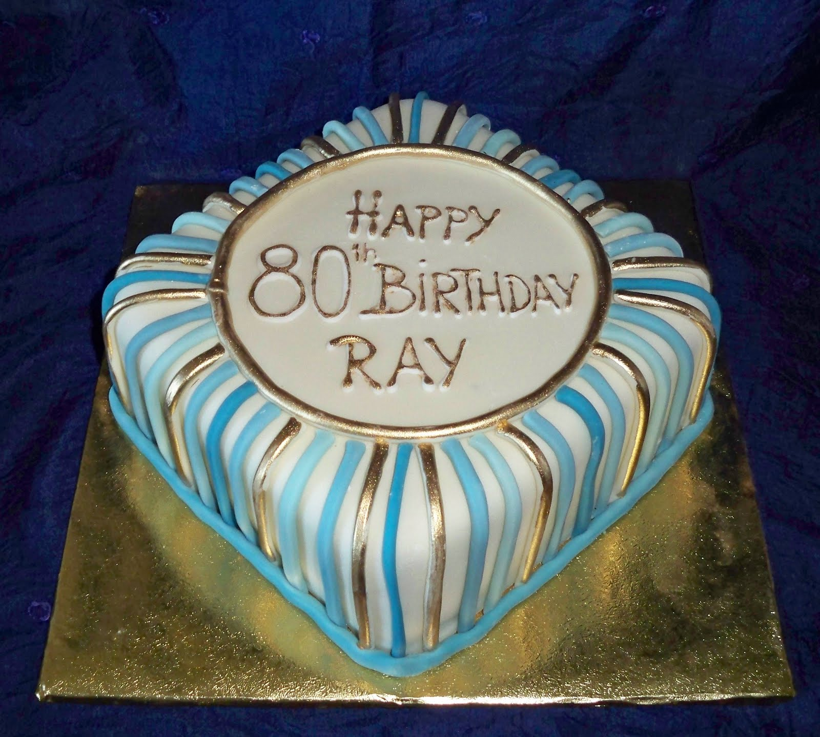 fondant birthday cakes with blue gold and silver Elisabeths