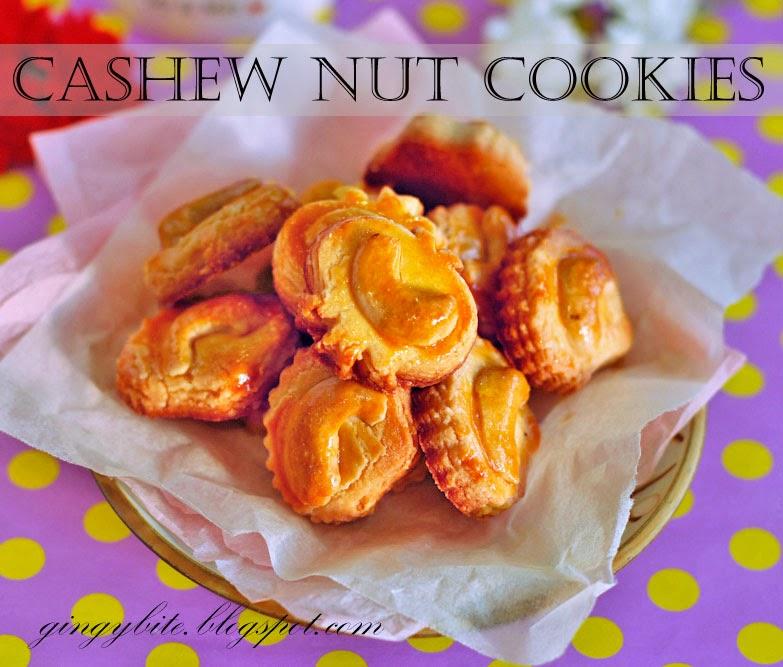 Cashew Nut Cookies 腰果曲奇