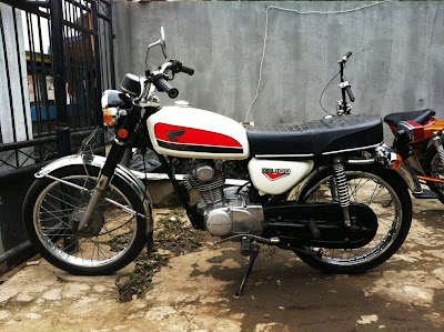 Honda CB 100 1973   For Sale  Bandung    Classic and Vintage