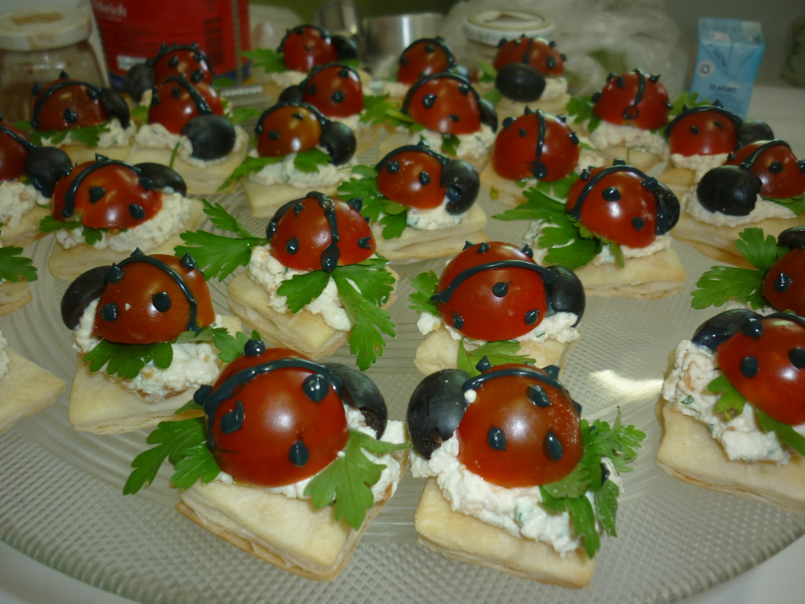 Canapes and hors d 39 oeuvres related keywords canapes and for Canape hors d oeuvres