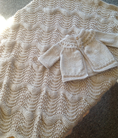 Free Knitting Patterns For Blankets And Throws : easy and free: simply beautiful baby blankets to knit - Knitionary