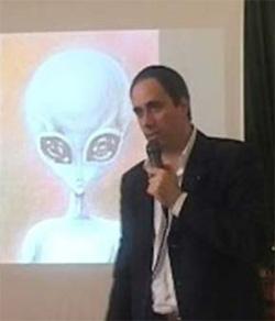 """""""SECRETUM OMEGA"""" Un Gesuita Confessa un Patto fra Alieni e Vaticano"""