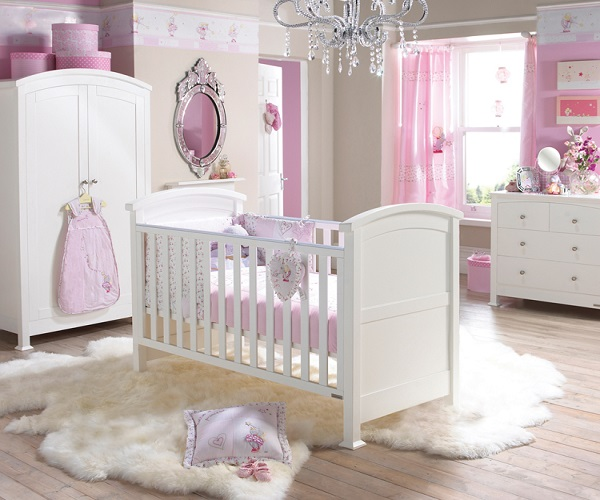 D coration de chambre b b fille b b et d coration for Photo decoration chambre bebe fille