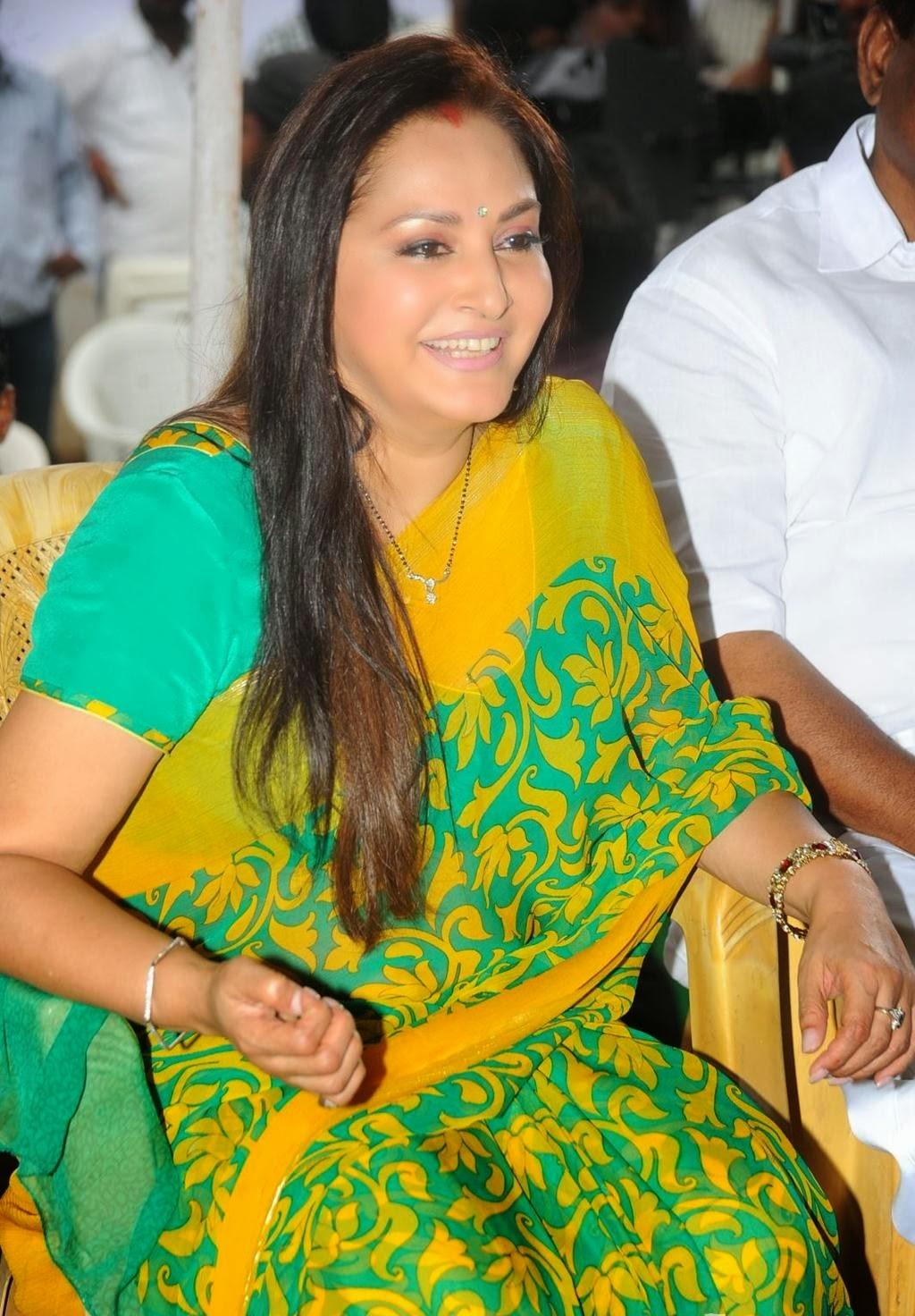Indian-Actress-Stills: SREEDEVI VIJAYAKUMAR HOT PHOTOS