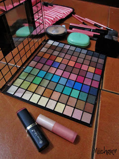 Make-up Junkie