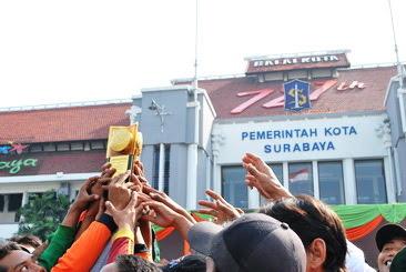 Surabaya Raih Adipura Kencana 2015