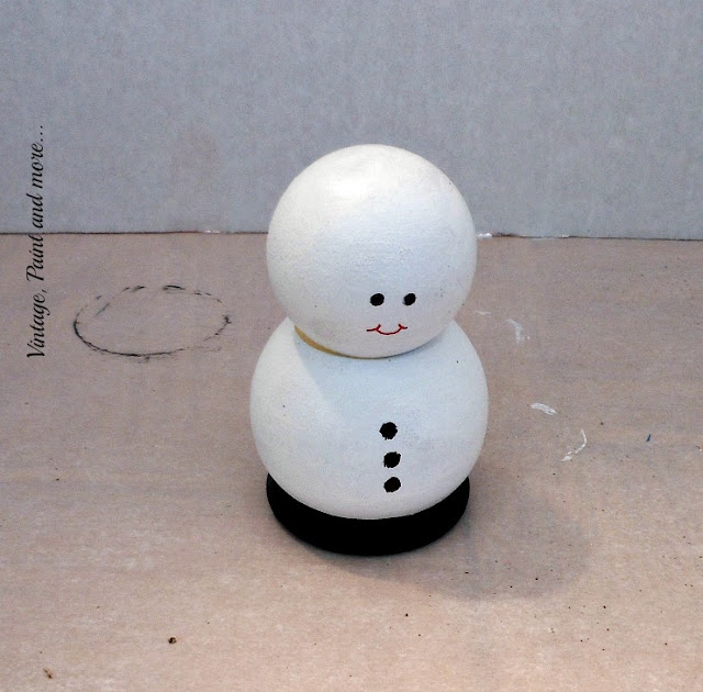 Vintage, Paint and more...DIY painted wooden snowman