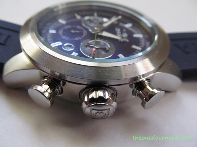 Invicta Men's 15200 Specialty Chronograph Watch - Closeup Of Crown 4