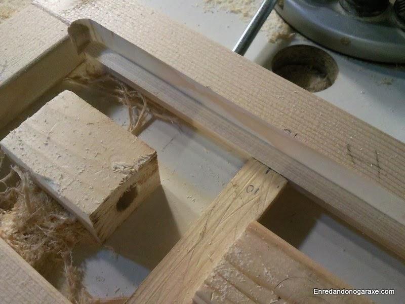 Fresando la caja para alojar el cristal. Enredandonogaraxe.com