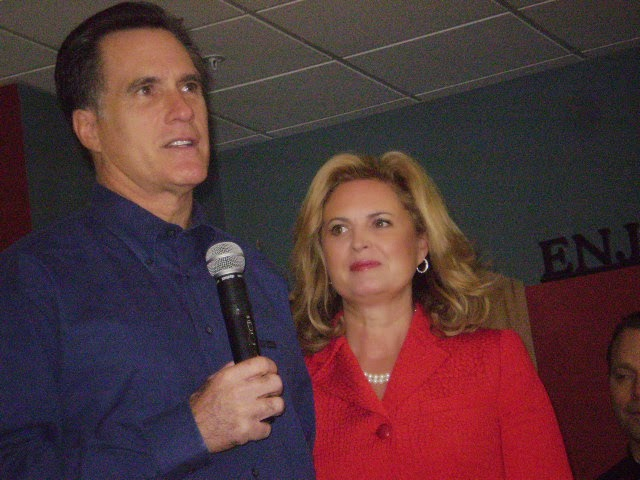 Photo of Mitt and Ann Romney