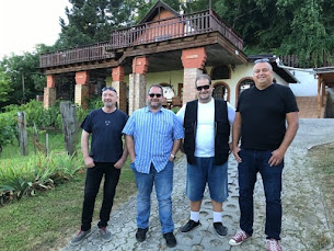 Fellépő zenekar: Blues Travel Band