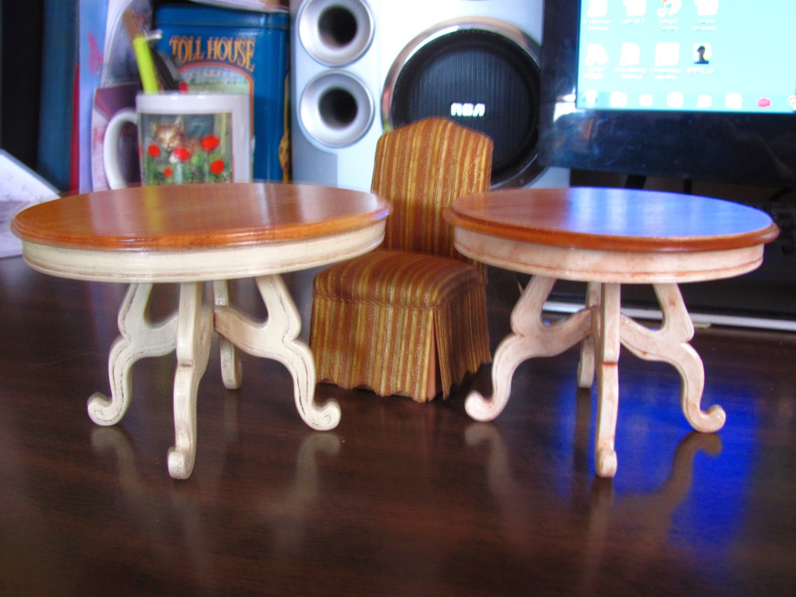 miniature dollhouse furniture woodworking. This Miniature Dollhouse Furniture Woodworking