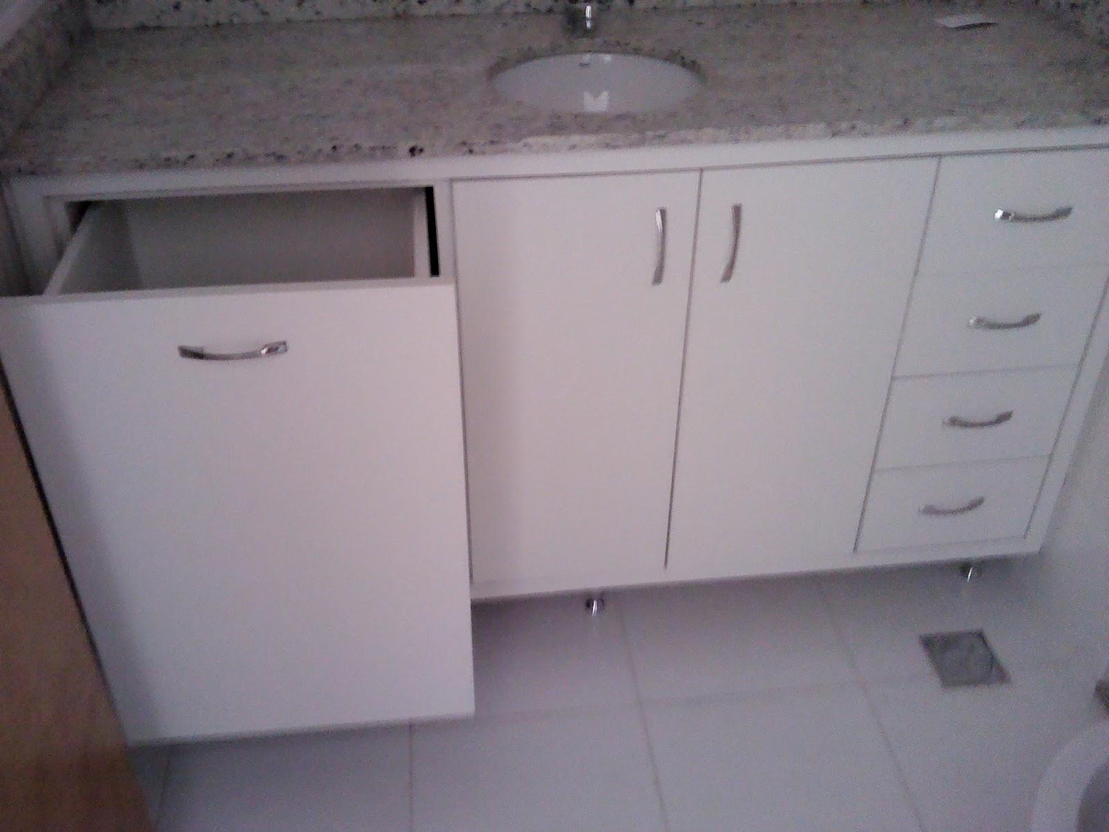 JDC MÓVEIS PLANEJADOS: KITNET COM ARMÁRIOS PLANEJADOS #594949 1600x1200 Banheiro Armario Pia