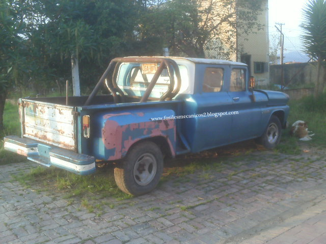 fosiles mecanicos: Desde Colombia, Chevrolet Apache 1960 doble cabina