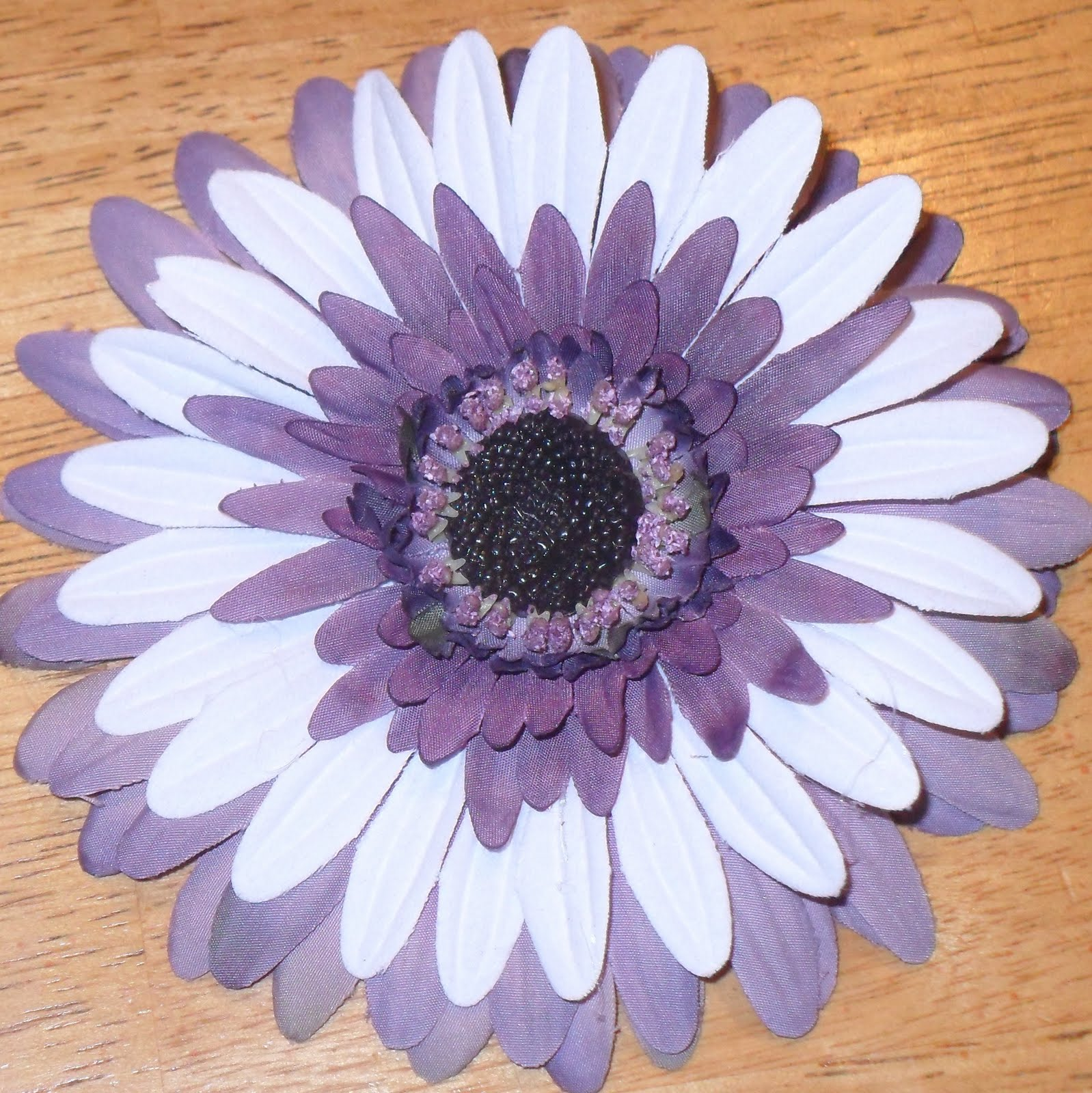 The Mellin Patch Craft Monday Silk Flower Barrettes