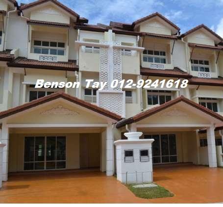 Anjung sari setia alam 3 story house for sale setia alam for Three story house for sale