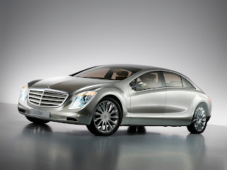 Mercedes Benz F700 Pictures