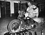 Tulare Raiders MC / Hollister riot 1947. Publicado por Dr.Acula en 13:35