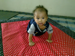 BABY QUILT RED BLACK POLKADOT