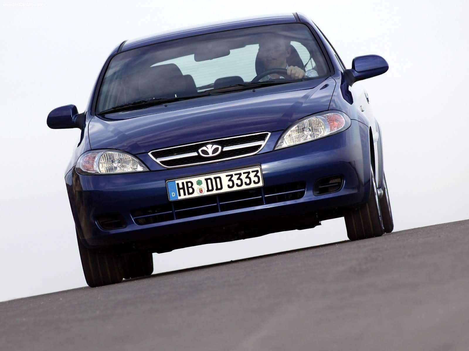Hình ảnh xe ô tô Daewoo Lacetti SX 2004 & nội ngoại thất