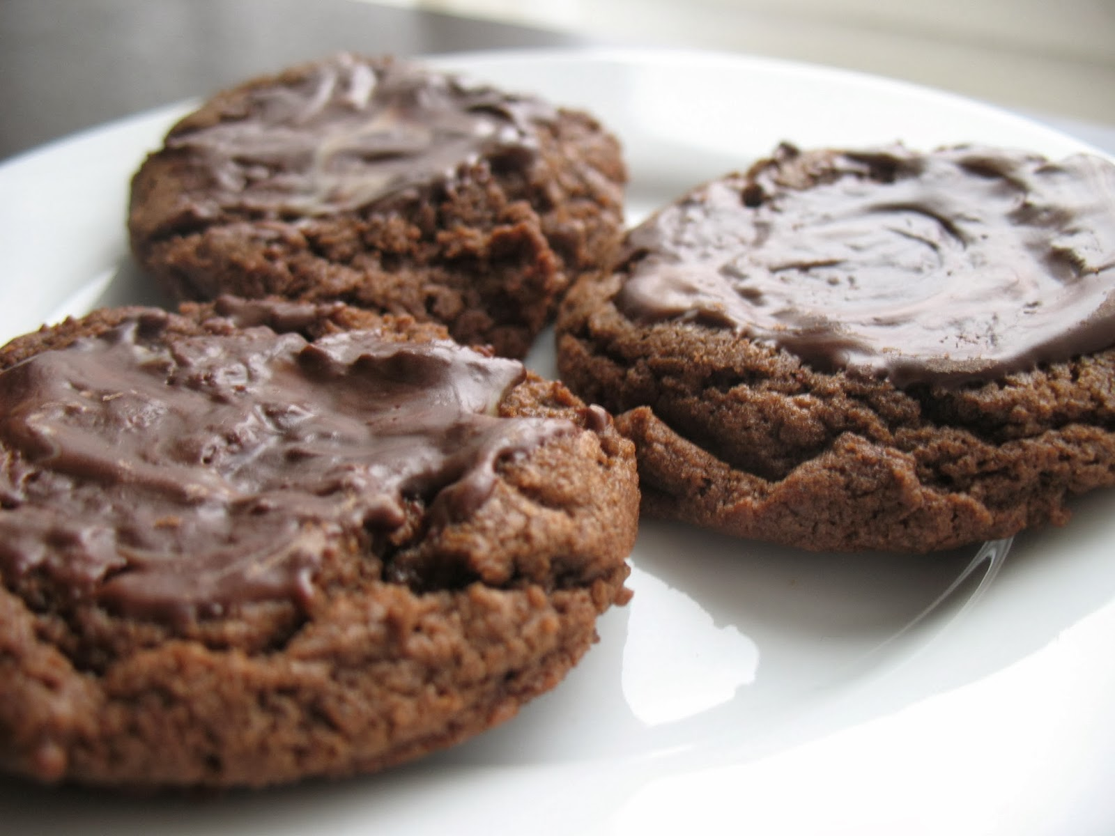 The Messy Apron: Archive Recipe of the Week: Mint Chocolate Cookies