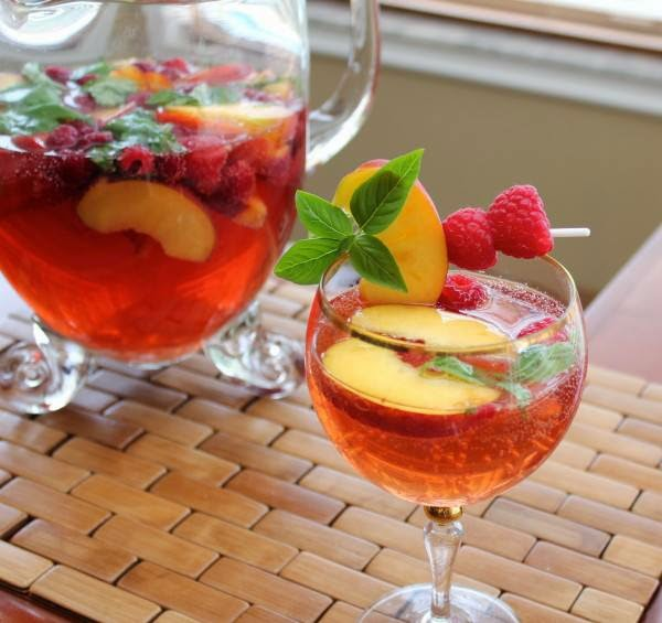Oh, No! Mama's Off Her Meds, Again.: Summertime Sangria