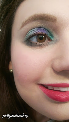 Disney Dare to Dream Mulan Beauty Book Look
